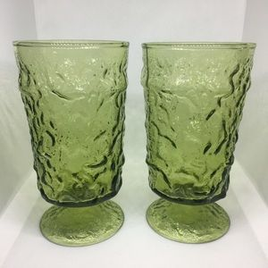 Other - Set of 2 Emerald Green Footed Water Goblet